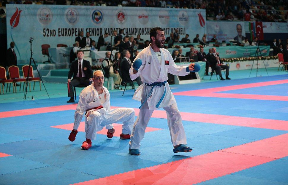 Karatede 4 Türk hakem WKF kokartı aldı