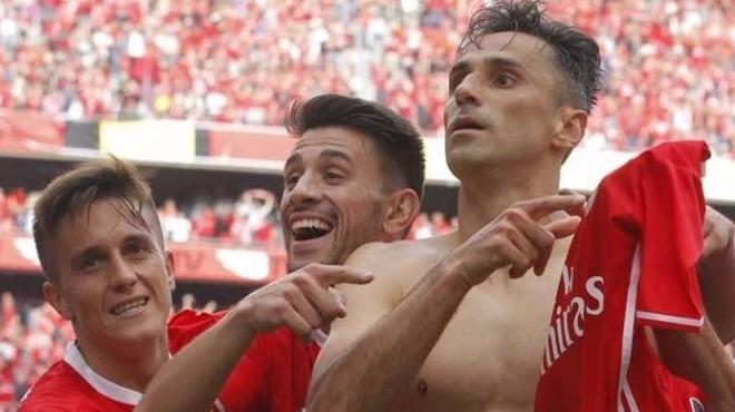 Jonas - 31 gol