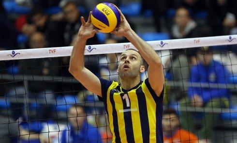 Fenerbahçe pasörünü tuttu!