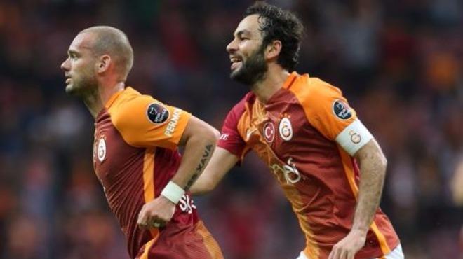Sneijder'den yönetime mesaj!