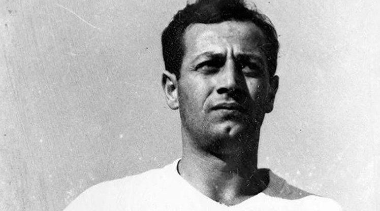 Futbolumuzun son babasıydı...