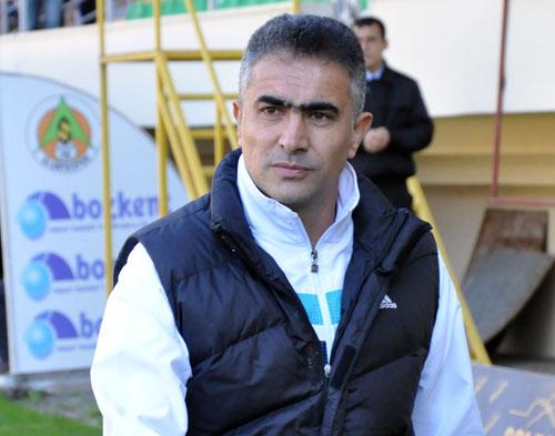 Mehmet Altıparmak, Manisaspor'u eleştirdi: 'Maçın çoğunda yerde yatan...'