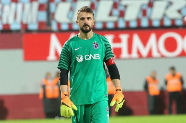 Trabzonspor Kulübü'nden kaleci Onur'a destek