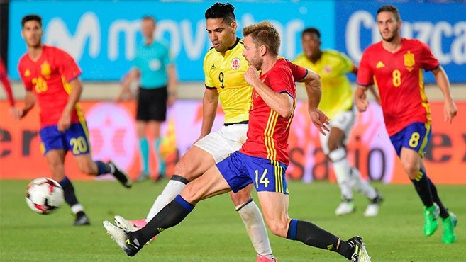 Falcao rekor kırdı, İspanya beraberliği kurtardı!