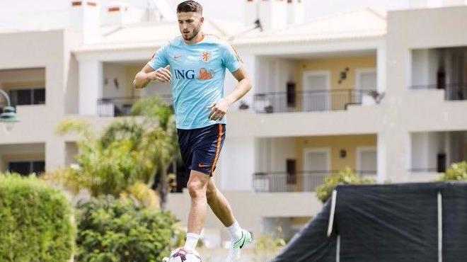 Sneijder'den sonra bir Wesley daha geliyor!