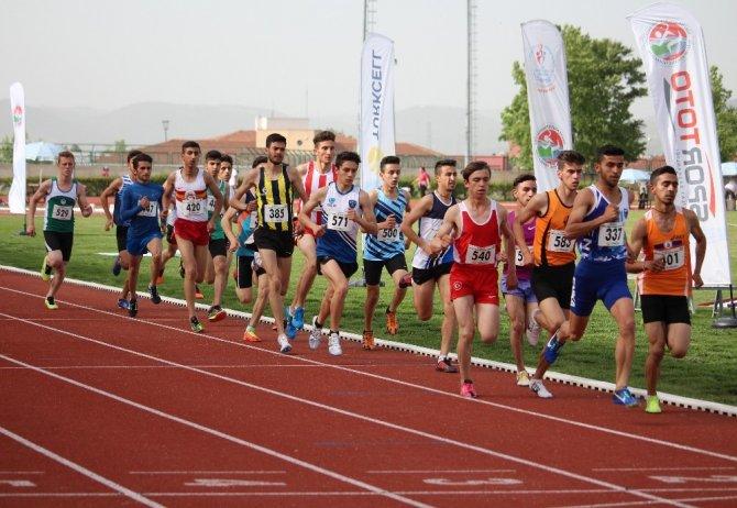 Yavru vatanda Uluslararası Atletizm heyecanı başlıyor