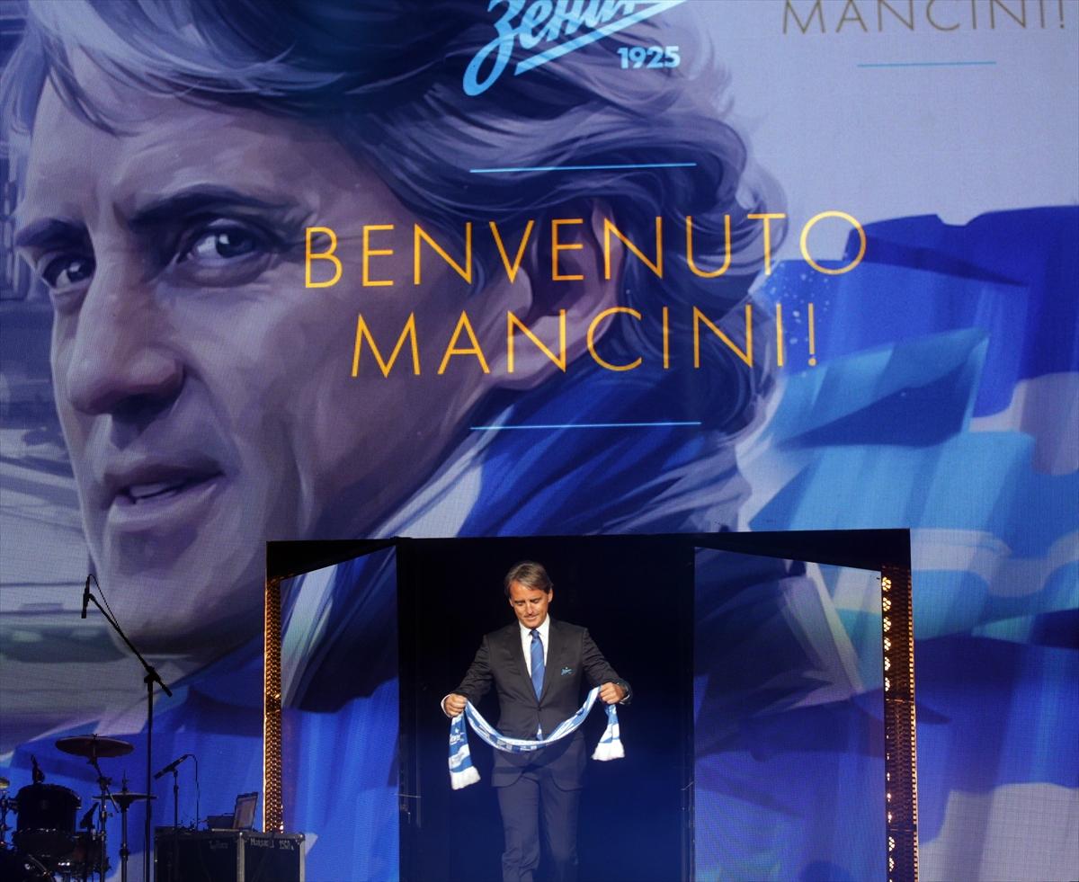 Mancini imzayı attı!