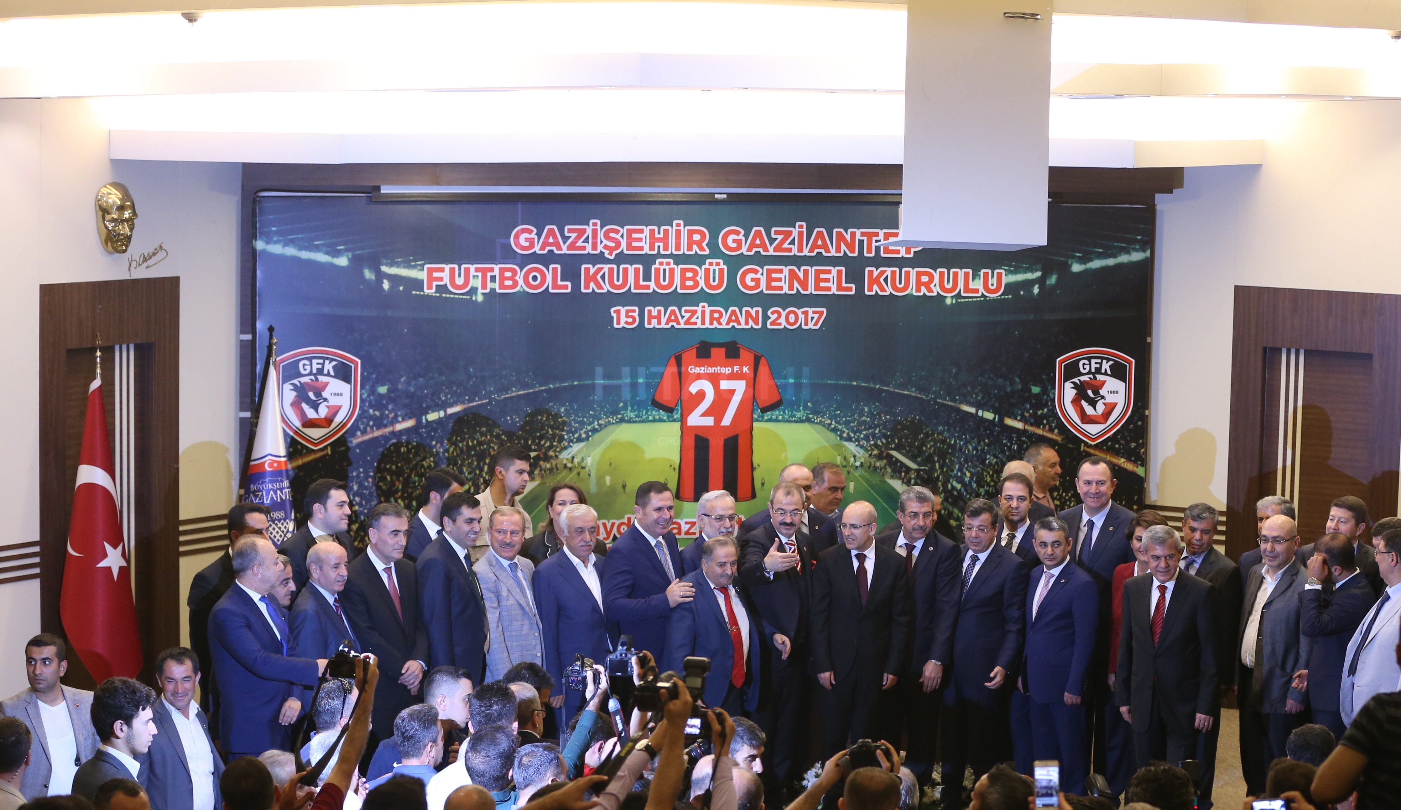 TFF 1. Lig takımının adı ve logosu değişti