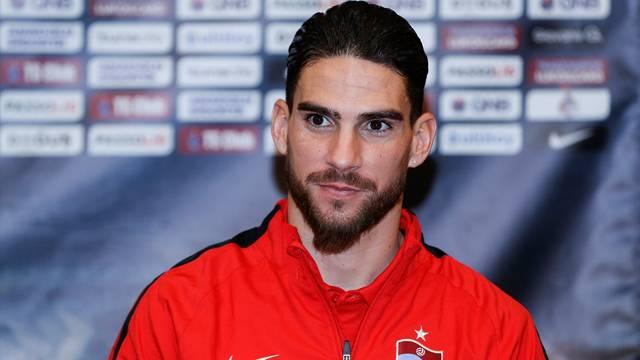 Sivasspor'dan ayrılan Carl Medjani'den sürpriz transfer