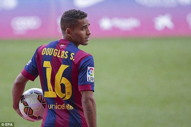 Benfica Douglas'ı Timsah'ın dişlerinden kaptı!