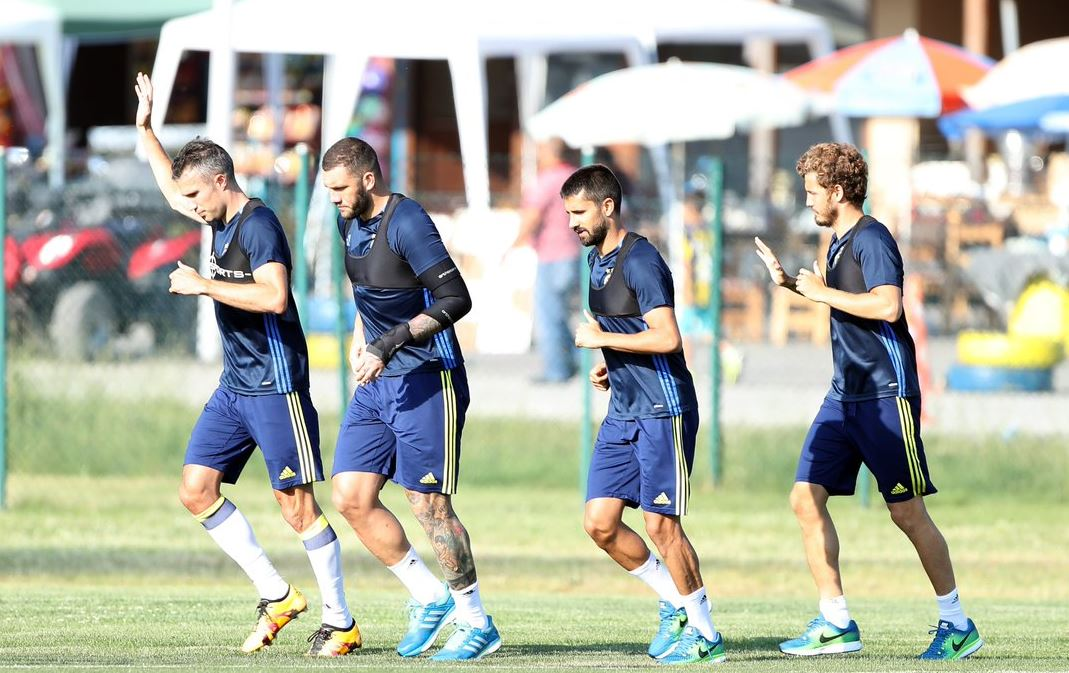 Salih Uçan Fenerbahçe'de kalacak mı?