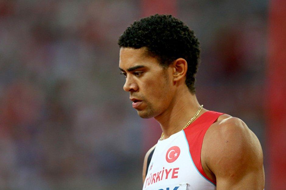 Yasmani Copello, erkekler 400 metre engellide ikinci oldu