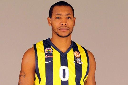 Eski Fenerbahçeli Milano ile imzaladı!