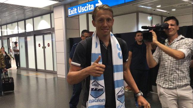 Lucas Biglia gitti, Lucas Leiva geldi!