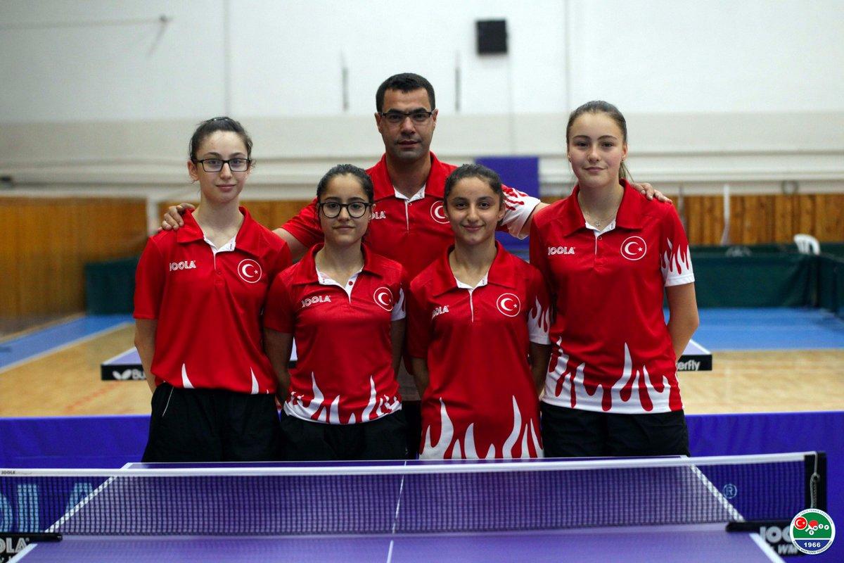 Yıldız Kız Milli Takımı, bronz madalya kazandı