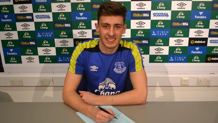 Everton'un genç oyuncusu 1 sezonluğuna kiralandı!