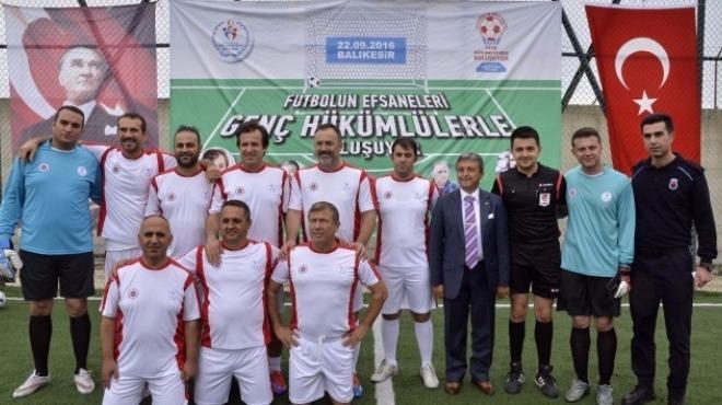 """""""Futbolun Efsaneleri Genç Hükümlülerle Buluşuyor"""""""