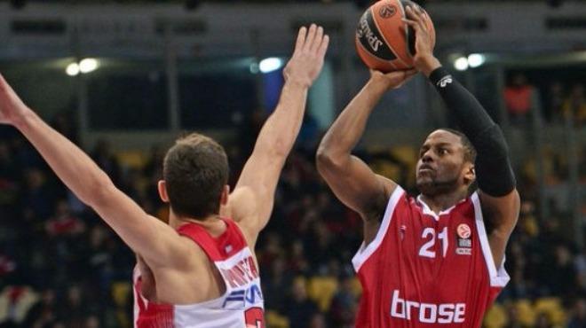 Darius Miller NBA'e geri döndü!