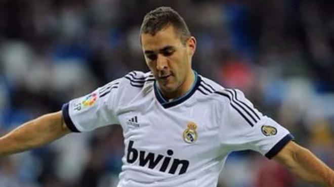 Karim Benzema sözleşmesini uzatıyor!
