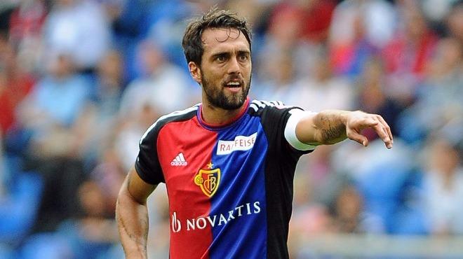 Video - Matias Delgado futbola veda etti