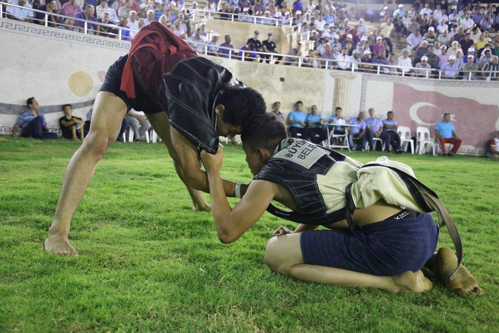 Aba Güreşi Türkiye Şampiyonası başladı