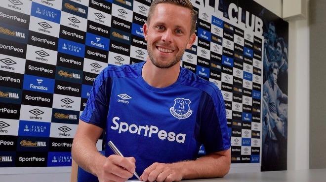 İzlandalı Sigurdsson Everton'da