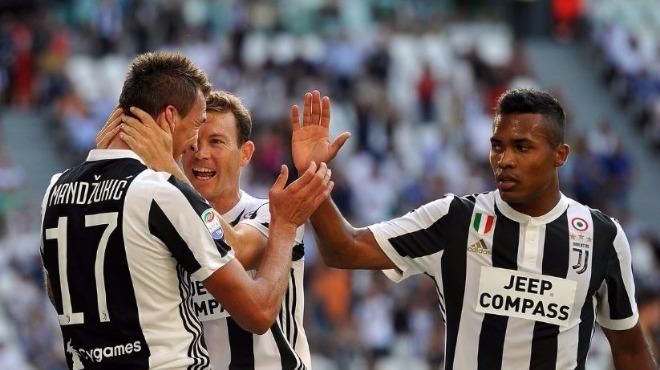 Juventus 3 puanla başladı!