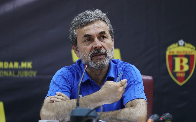 Aykut Kocaman'dan transfer ve Vardar açıklaması!