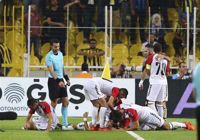 Vardar Fenerbahçe'den sonra sıfırladı
