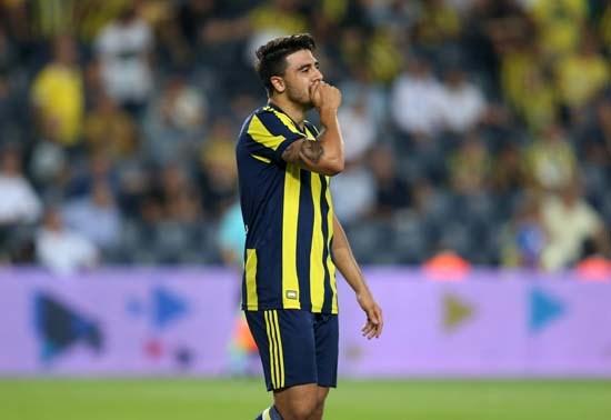 Fenerbahçe Vardar'a elendi, Caps'ler patladı!