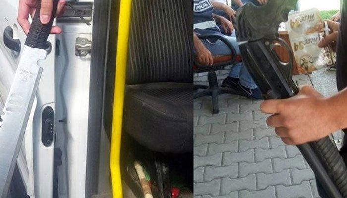 Taraftar otobüsünde 2 pompalı tüfek ele geçirildi