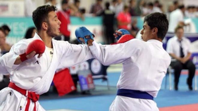 Karateciler Soçi'de madalya mücadelesi verecek