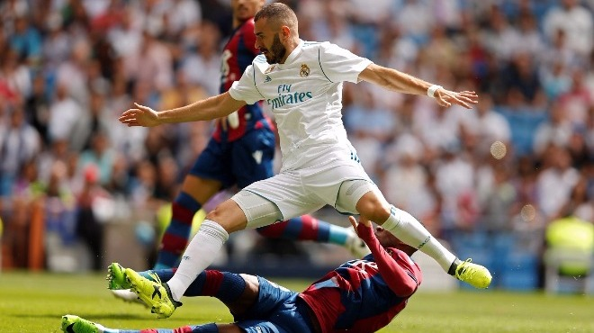 "Real Madrid'ten ""Sıkıysa gel Benzema'yı al!"" mesajı. Çünkü.."