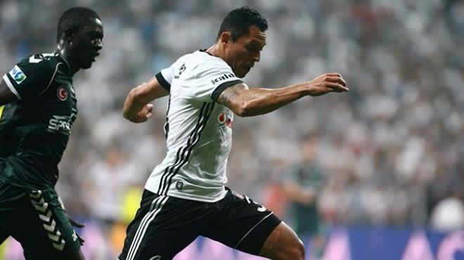 Adriano için flaş transfer iddiası