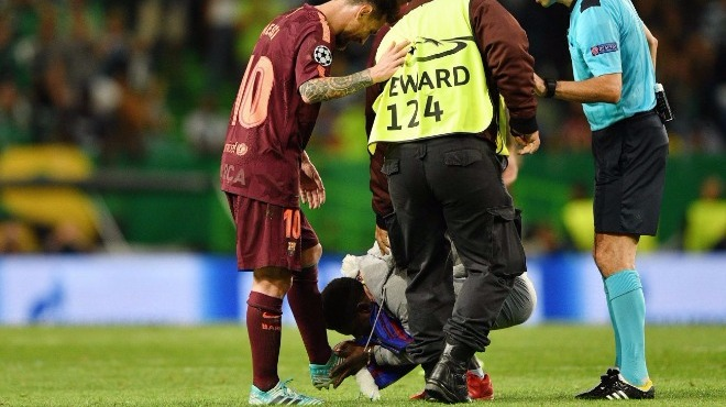 Ayakları öpülesi Messi!