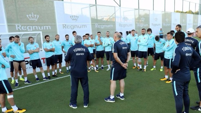 Milli Takım Antalya kampına başladı