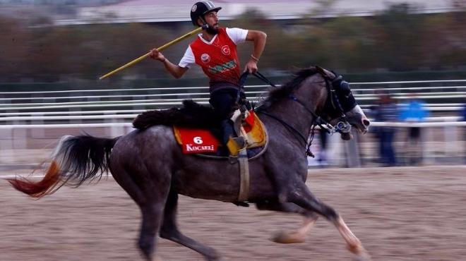 Şampiyon Erzurum Akıncılar!