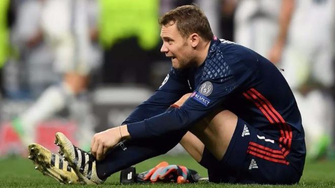 Neuer'e şok doping kontrolü!