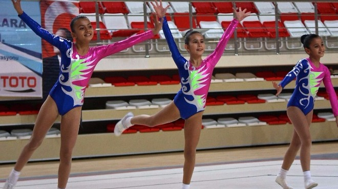 Eskişehir'de aerobik cimnastik şöleni