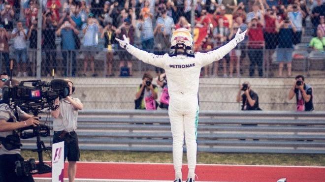 Hamilton şampiyonluğa yaklaştı