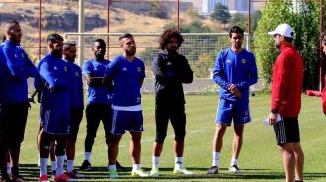 Evkur Yeni Malatyaspor kupada tur peşinde!