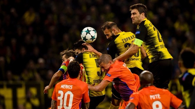 Pote attı, Dortmund'un tur umudu azaldı!