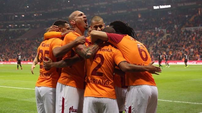 Son 12 sezonun en iyi Galatasaray'ı!
