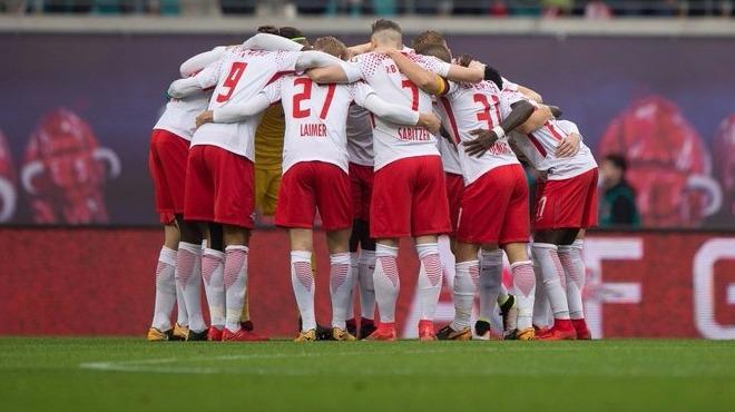 RB Leipzig geri düştü ama 3 puanı almasını bildi!