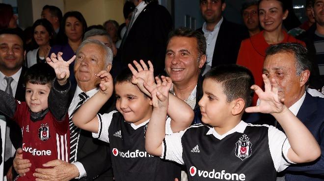İzmir Beşiktaşlılar Derneğinden anlamlı destek