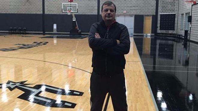 Ergin Ataman, San Antonio Spurs antrenmanında!