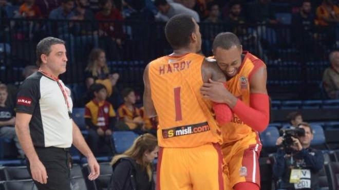 Galatasaray Odeabank geçit vermedi!
