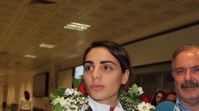 Dünya şampiyonundan Gümrükçüoğlu'na ziyaret