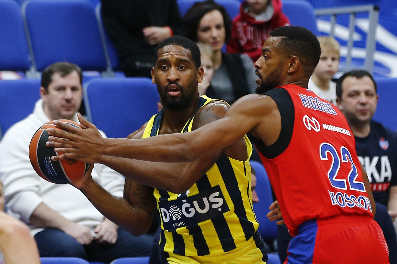 Fenerbahçe Doğuş son saniye basketiyle CSKA'yı devirdi!