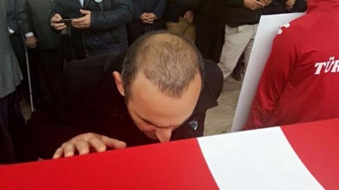 Leonidis, Naim Süleymanoğlu'nun cenaze törenine katıldı!